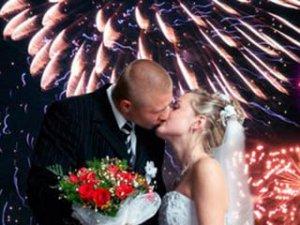 Салют на свадьбу: поистине велик!